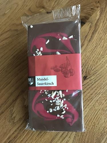 Mandel-Sauerkirsch Schokolade 100g Packung