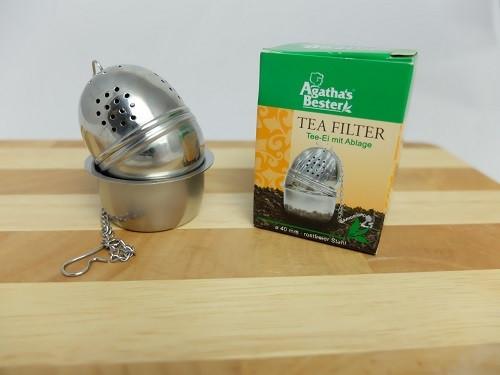 Tee-Ei mit Ablage